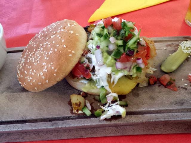 Foodie Adventures: Fajita Burgers, Sweet Treats and a Sunday Roast