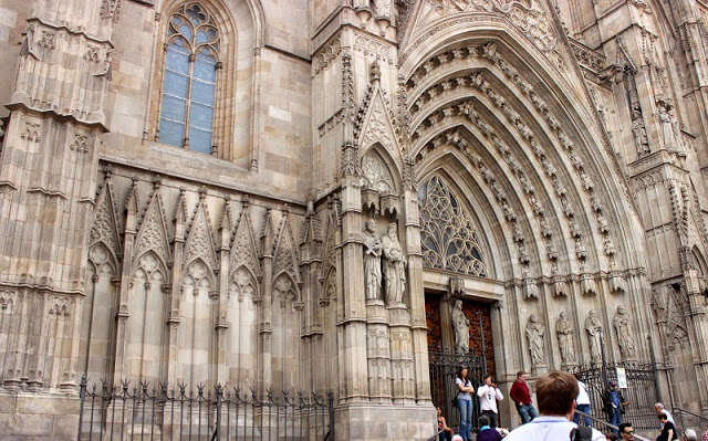 Barcelona Gothic Quarter Cathedral