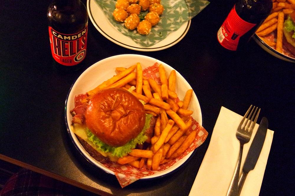 Grillshack Soho London diner burgers blog review