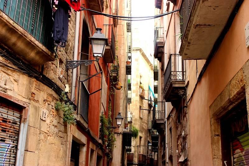 Exploring Barcelona Gothic Quarter