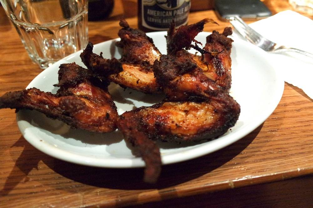 Bodeans BBQ Tower Hill Chicken Wings