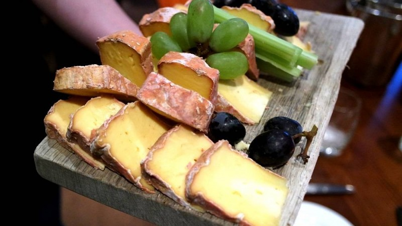 A Beer & Cheese Pairing Night