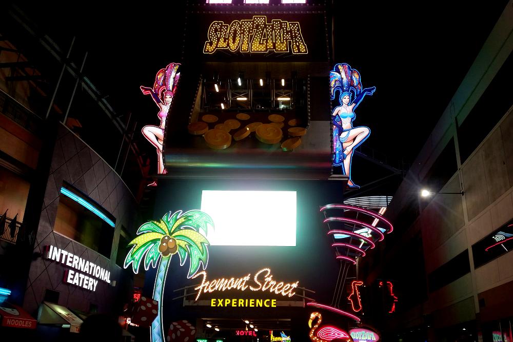 Vegas Fremont Street Slotzilla Zip Wire