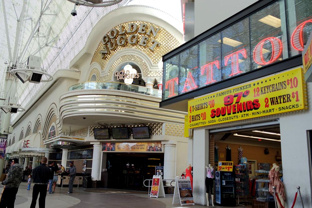 Vegas Golden Nugget casino hotel