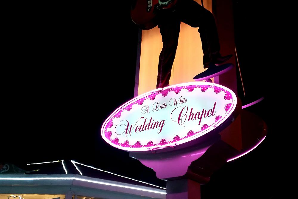 Vegas Little White Wedding Chapel