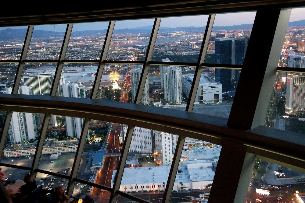 Vegas Stratosphere sunset views