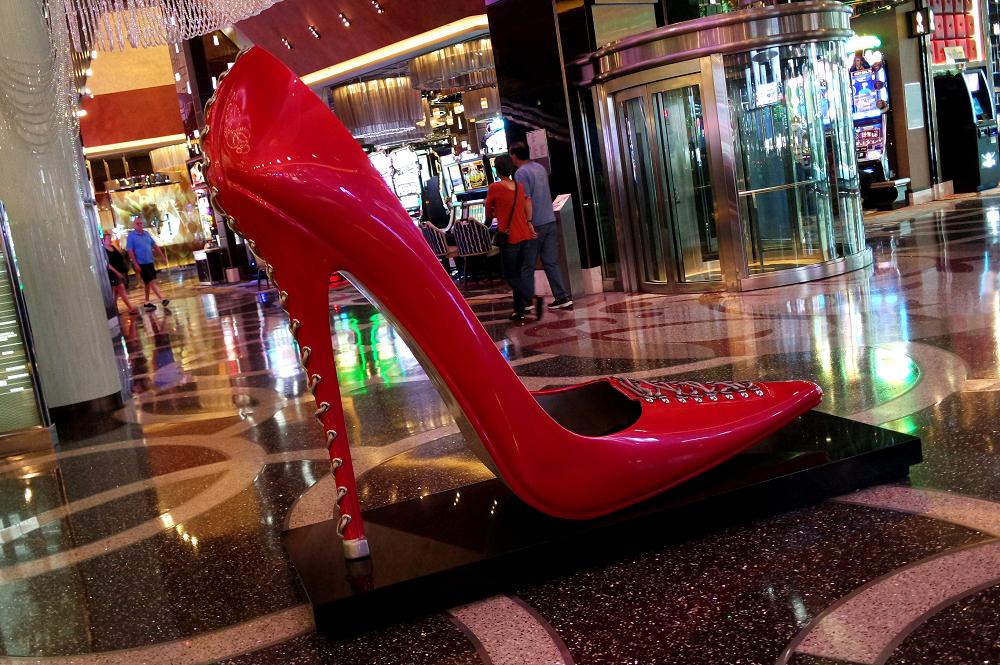 Vegas casino shoe