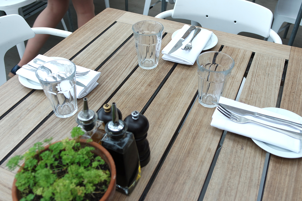 Boundary Roof Terrace London Table