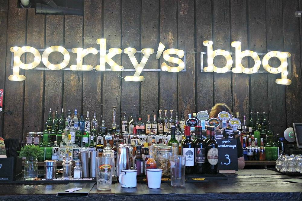 Porkys BBQ London American Memphis Bar