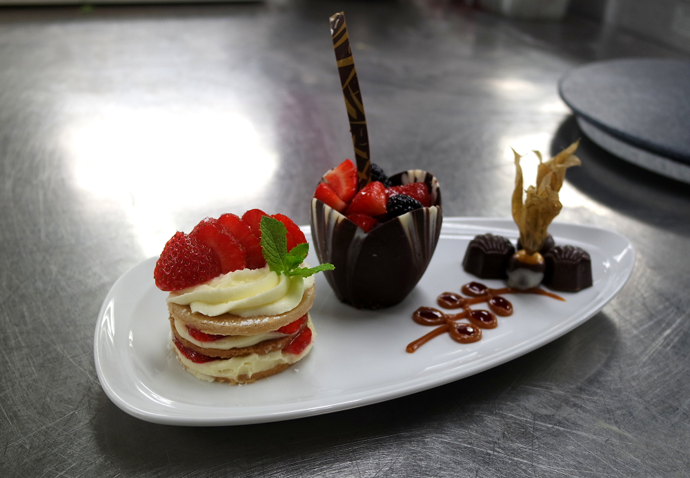 Royal Caribbean Navigator of the Seas dessert