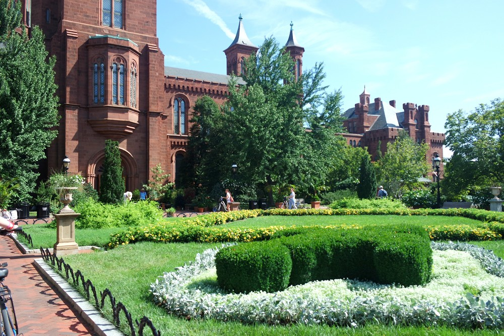 Washington DC Smithsonian Institute Castle
