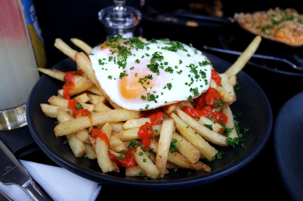 Weekend Brunch at Dirty Bones breakfast fries