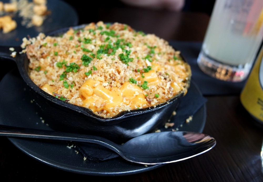 Weekend Brunch at Dirty Bones mac and cheese