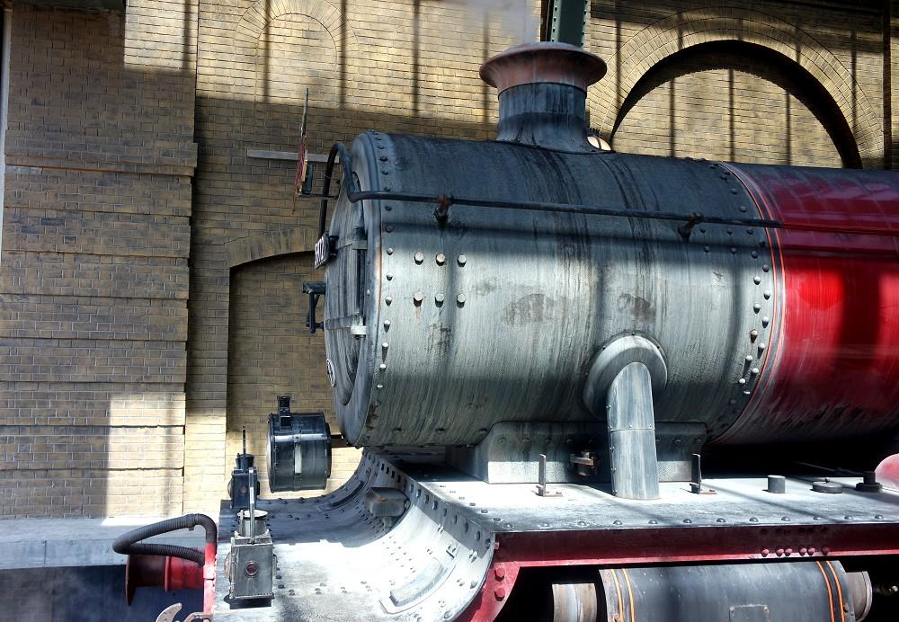 Platform 9 and 3/4, Wizarding World of Harry Potter, Universal Studios
