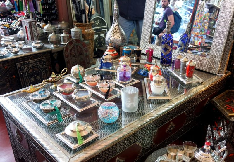 What To Expect From Your First Time Shopping in a Moroccan Souk