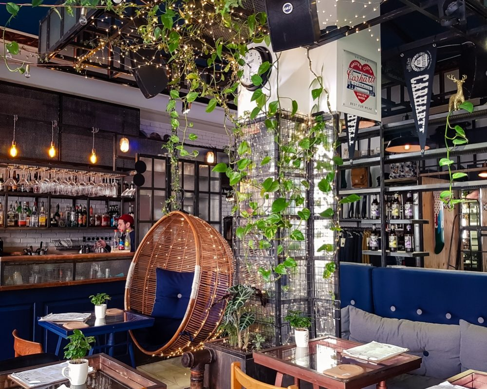 A cheap city break in Bucharest - The Urbanist Cafe