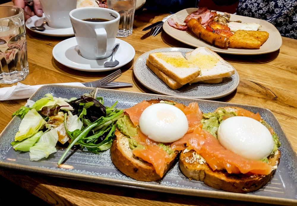 Brunch at San Marino cafe in Leytonstone, London
