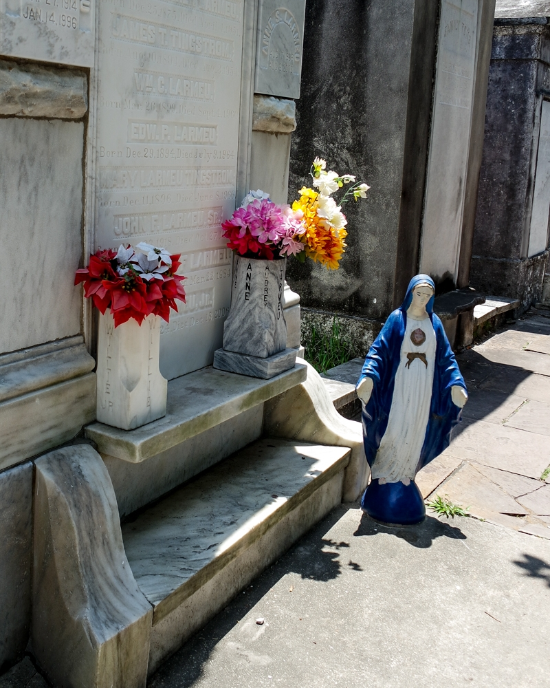 Visiting Lafayette Cemetery No1, New Orleans