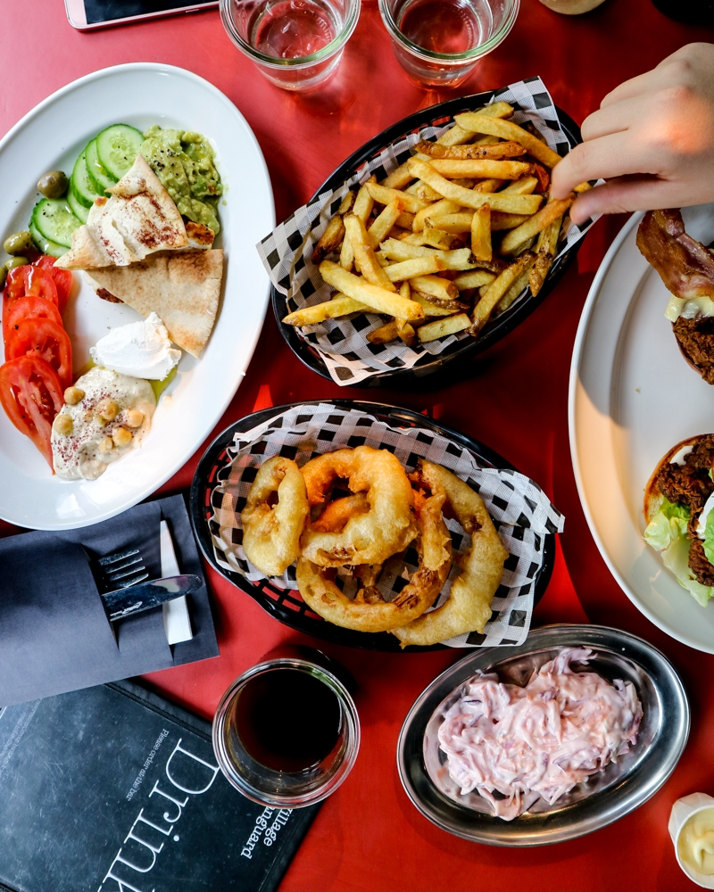 Flatlay of Brunch and Burgers at Village Vanguard, East Village | Mini Adventures