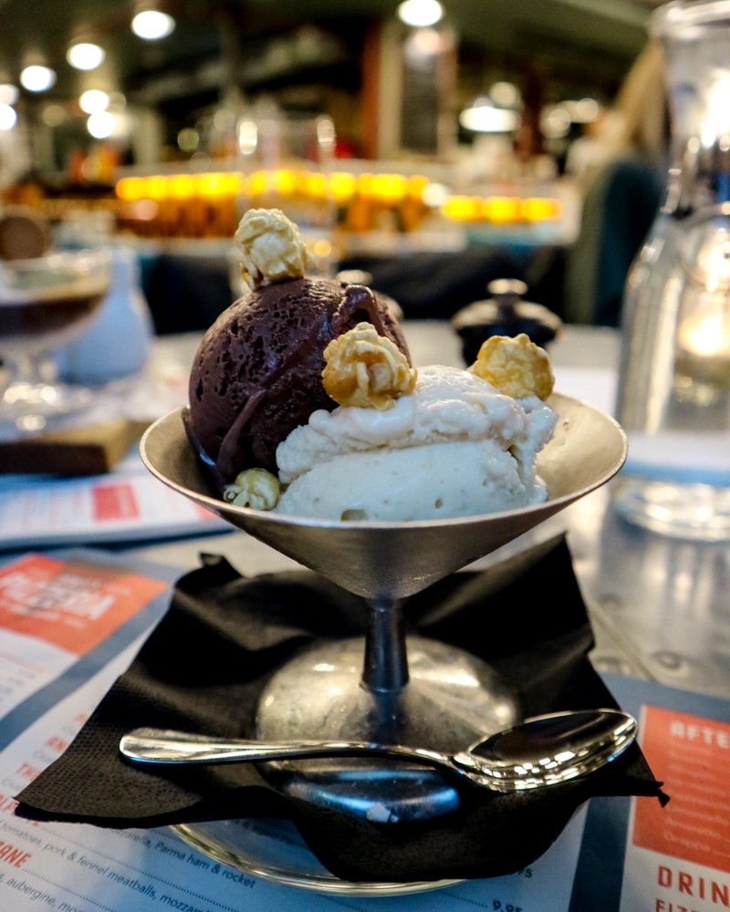 Ice cream at Jamie's Pizzeria, Victoria | Mini Adventures Travel Blog