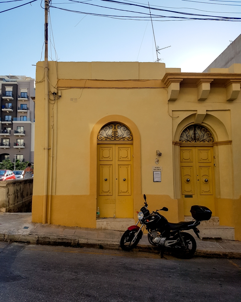 Street in Mellieha, Malta | Mini Adventures Blog