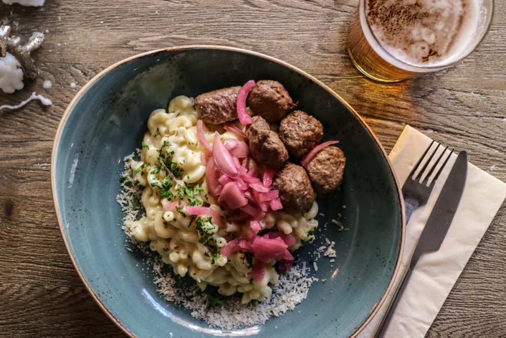 Meatballs with Mac and Cheese at Meatballs For The People, Stockholm | Cheap Food in Stockholm