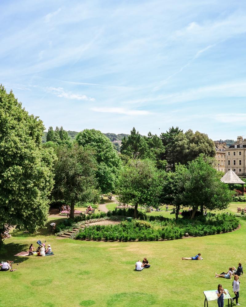 Gardens in Bath, England | A day trip to Bath