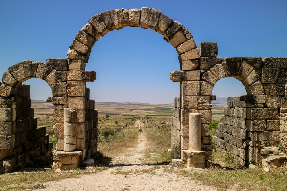 Tangier Gate view of site at Volubilis, Morocco | Guide to Volubilis archaeological site