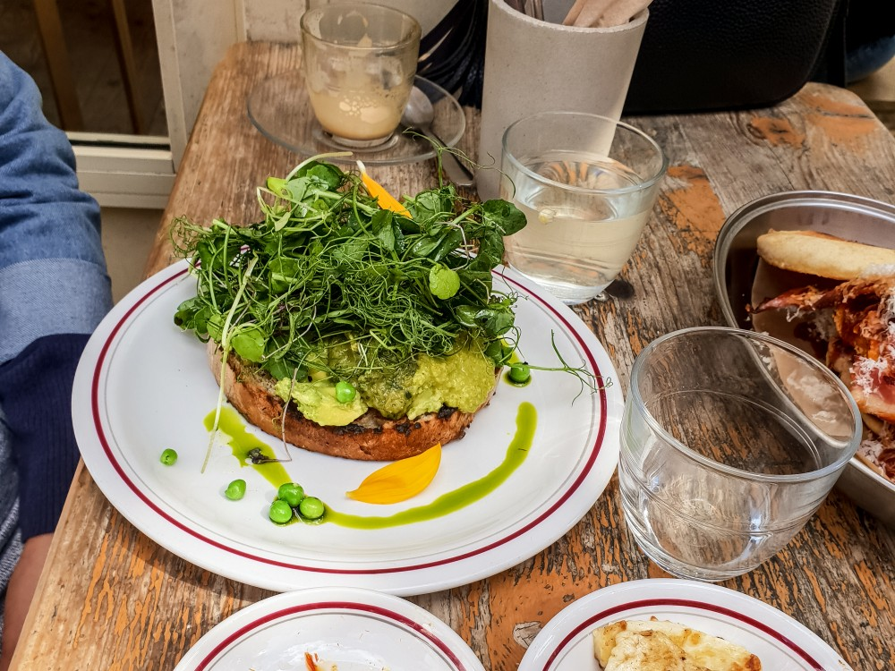 Smashed avocado and pea hummus on toast | Brunch in Balham, London