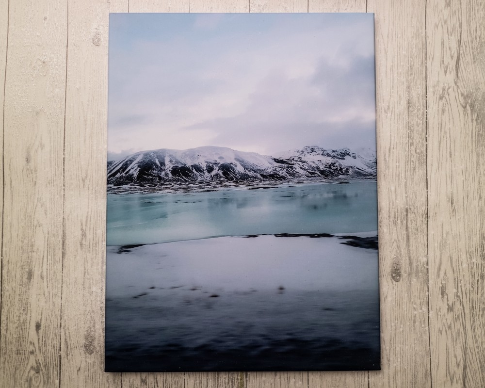Printed photo canvas of Iceland in winter from Cheerz