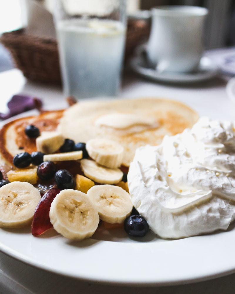 Pancakes with fruit and whipped cream at Rannô Ptáča, Bratislava